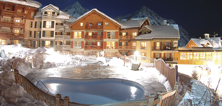 France_Les-Arcs_Le-Village-Apartments_Exterior-winter-night.jpg